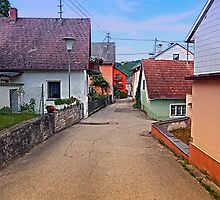 Picturesque little village lane | architectural photography by Patrick Jobst