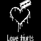 Love hurts (Heart Carver) by vivendulies