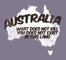Australia: What does not kill you does not exist in this land Kids Clothes