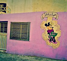 MINNIE MOUSE IN A PINK WALL!!! Morocco   by Be Eca