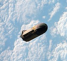 Shuttle External Fuel Tank Jettisoned by cadellin