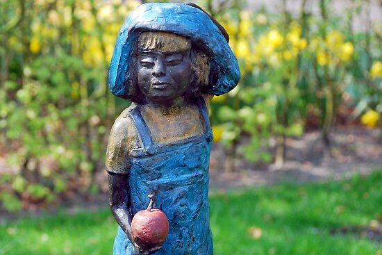 Girl with apple by Arie Koene