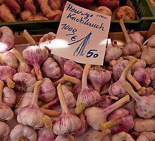 Garlic Bin by phil decocco