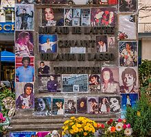 Monument to Michael Jackson, Munich 2 by Mark Bangert