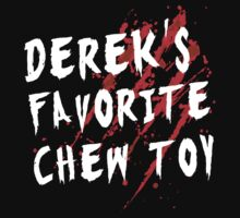Favorite Chew Toy - Derek - White by Mouan