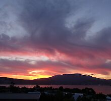 Surreal sunset of Hobart, Tasmania by PC1134