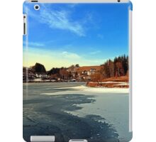 Frozen river panorama | waterscape photography iPad Case/Skin