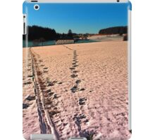 Footprints in snowy winter wonderland | landscape photography iPad Case/Skin