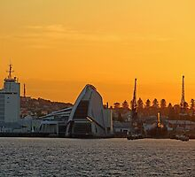 Fremantle Harbour Sunrise by EOS20
