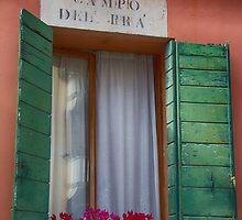 Italian window / Fenêtre italienne by maophoto