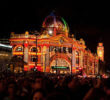 Melbourne - White Night 7 by DavidsArt