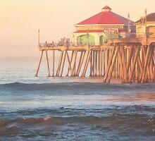 Ruby's on the Huntington Beach Pier by RondaKimbrow