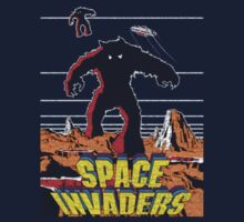 Vintage Space Invaders T-shirt by Nasherr