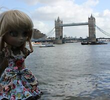 London Brigde  by QueenOfWater