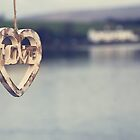 LOVE by twinnieE