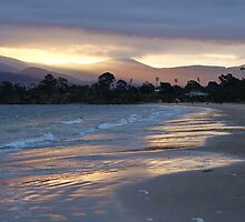 Howrah beach sunset - Hobart, Tasmania, Australia by PC1134