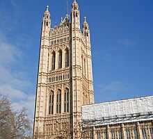 Blue sky over Houses of Parliament by Keith Larby