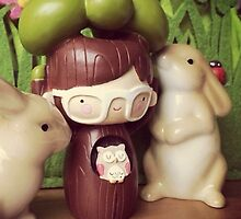 Momiji Doll - Tree - Bunny (Iphone-Ipod) by Alpinoalves