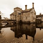 Baddesley Clinton by mikebov