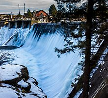 Falls on the Deschutes by rkboz