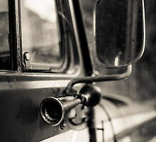 Old car by Cédric Tourasse