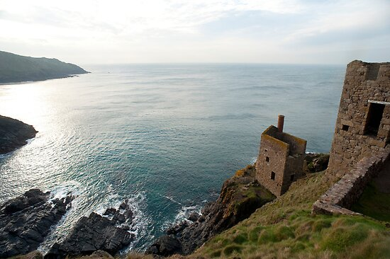 Crown Mines, Cornwall by photoeverywhere