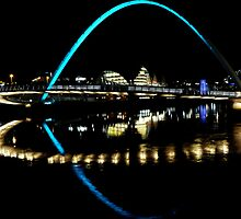 Millennium Bridge Newcastle upon Tyne by Lynn Bolt