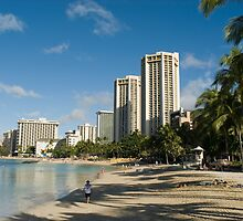 beautiful Waikiki beach by photoeverywhere