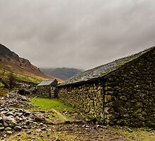 Stone Barn by Mark Hooper