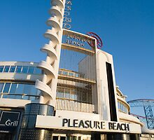 Blackpool Pleasure Beach building by photoeverywhere
