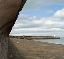 Whitehaven harbour seawall by photoeverywhere