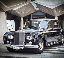 Royal Rolls Royce Phantom by timkouroff