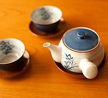 cups and teapot by photoeverywhere