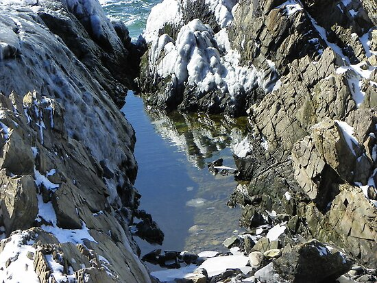 Spouting Rock Reflection by MaryinMaine