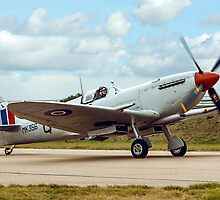 Supermarine Spitfire LF.IXc MK356/UF-Q Taxying by Colin Smedley