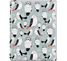 texture of white owls iPad Case/Skin