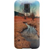 A stream, dry grass, reflections and trees | waterscape photography Samsung Galaxy Case/Skin