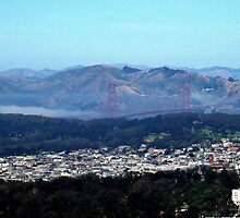 GOLDEN GATE BRIDGE FROM TWIN PEAKS SAN FRANCISCO by JAYMILO