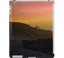 Winter sunrise over the mountains II | landscape photography iPad Case/Skin