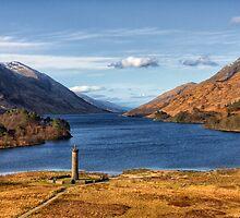 Glenfinnan Memorial and Loch Shiel by derekbeattie