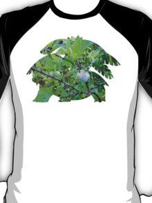 Mega Venusaur used Razor Leaf T-Shirt
