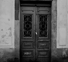 Old door black and white by drmador