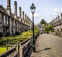 Vicars Close, Wells, Somerset by Chris L Smith