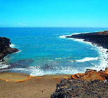 Green Sands Beach Hawaii scenic print by artisticattitud