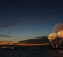 Cowes Week Fireworks by Jonathan Cox