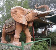 Elephant Sculpture, Nimmitabel, Australia 2011 by muz2142