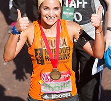 Laura Wright with her London Marathon medal by Keith Larby