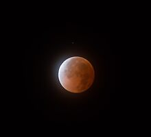 Blood Moon in Quito Ecuador 01 by Jonathan Lynch