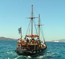 Sailing boat in Santorini by looneyatoms