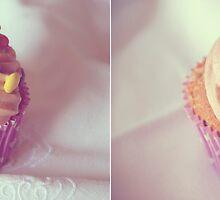 Cupcake by Pamela  Vassallo